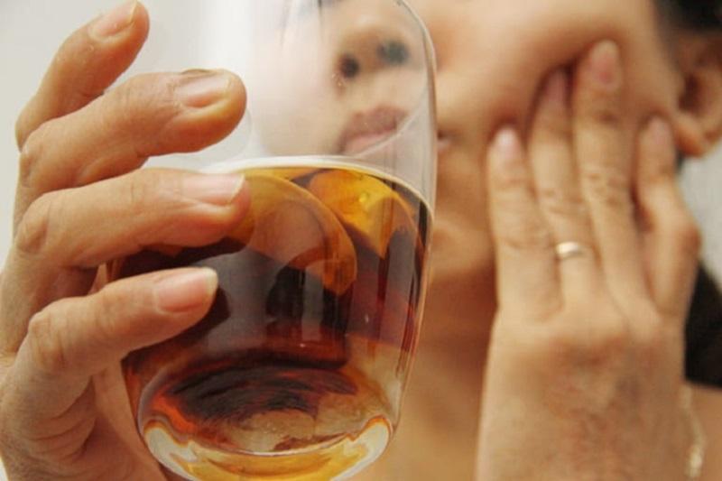 Người bệnh nên súc miệng bằng rượu cau 2-3 lần/ngày để đạt hiệu quả trị bệnh tốt nhất