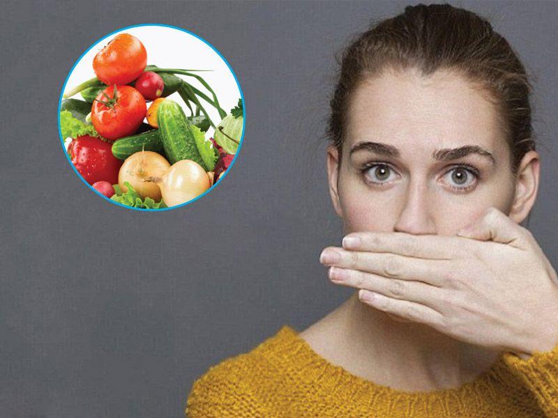 """Bệnh nhân nên ăn uống khoa học để """"khử"""" mùi hôi"""