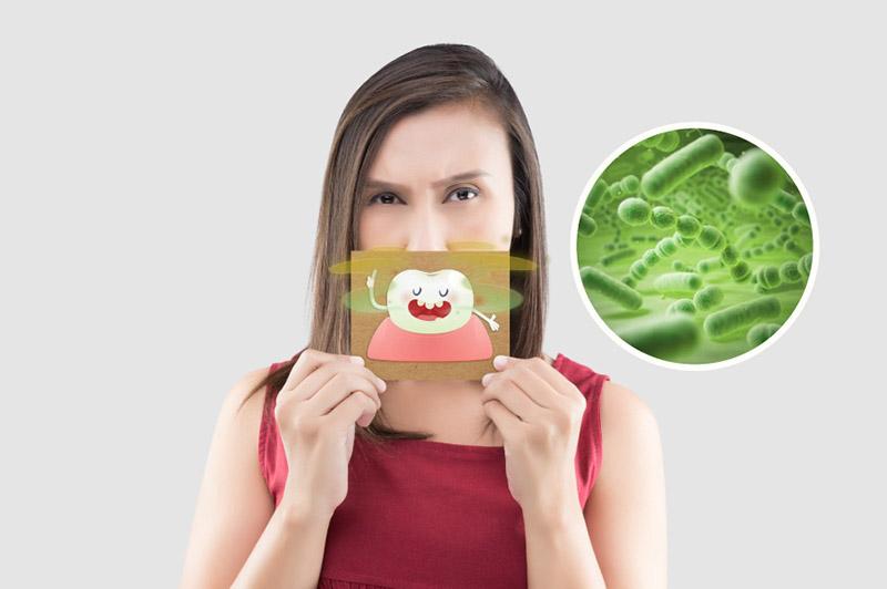 Hơi thở có mùi gây ảnh hưởng lớn đến việc giao tiếp