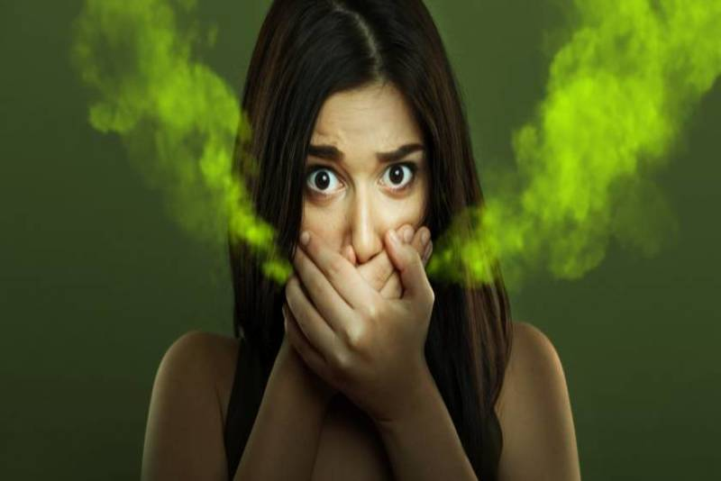 Hơi thở có mùi là dấu hiệu nhận biết các bệnh lý răng miệng