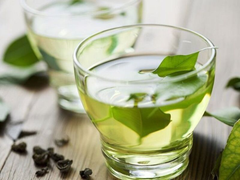 Nước trà xanh chứa nhiều EGCG, bảo vệ răng miệng tốt