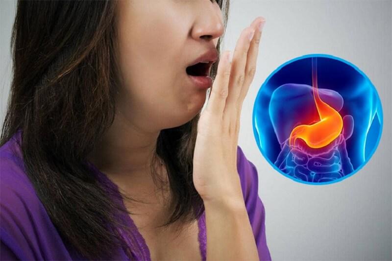Mắc bệnh lý về dạ dày sẽ khiến hơi thở xuất hiện mùi hôi