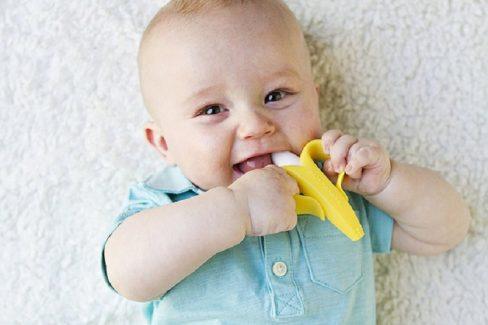 Mẹo cho bé chậm mọc răng