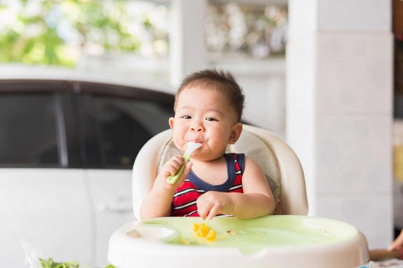 Xây dựng chế độ dinh dưỡng cho bé hợp lý