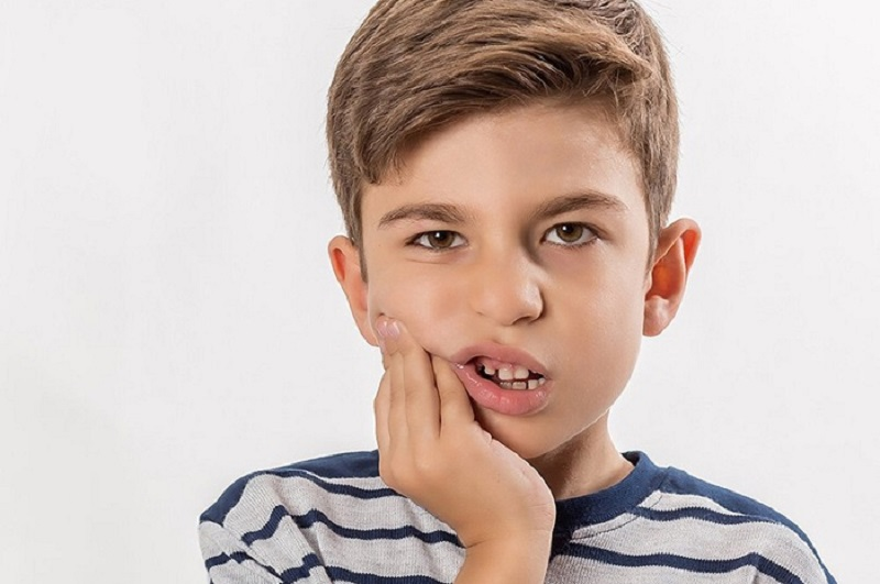 Biến chứng có thể xảy ra khi răng mọc chậm