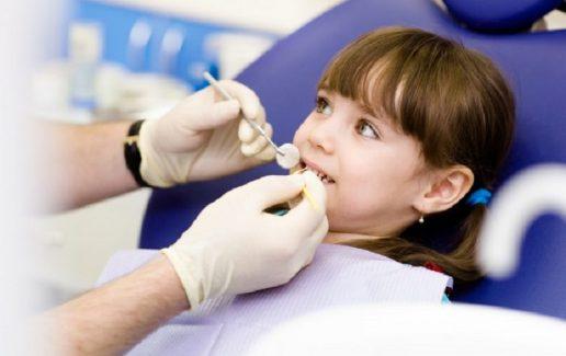 Quy trình nhổ răng sữa chi tiết với 5 bước cơ bản