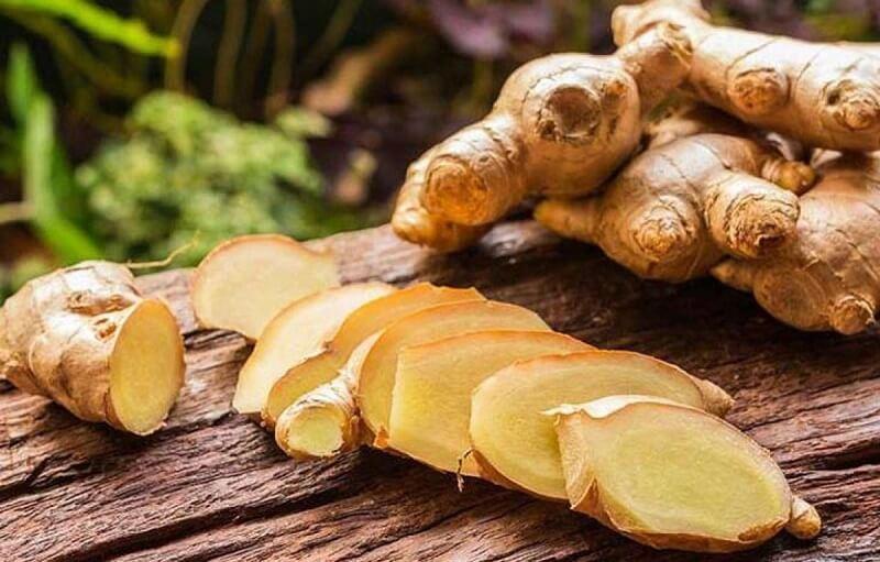 Trong gừng có chứa gingerol, panadol, shogaol… có tác dụng tiêu viêm