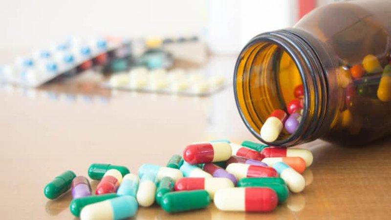 Sử dụng thuốc kháng sinh giúp việc loại bỏ vi khuẩn diễn ra hiệu quả hơn