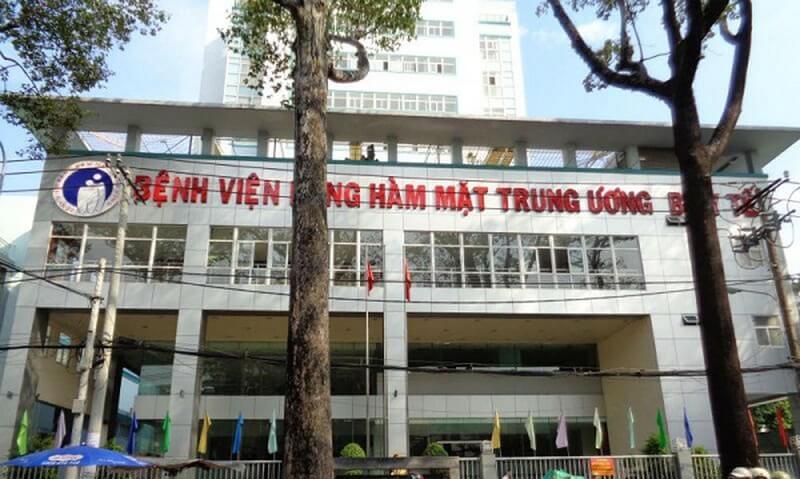 Bệnh viện Răng Hàm Mặt TW Hà Nội là nơi được nhiều người đến thăm khám