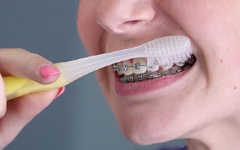 Đánh răng đúng cách giúp phòng ngừa bệnh viêm nha chu hiệu quả