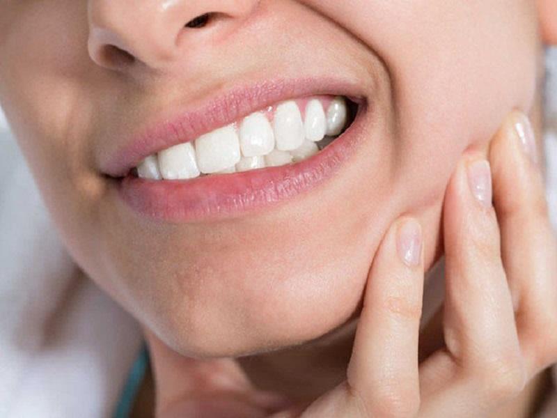 Nướu răng là toàn bộ phần mô mềm ở trong khoang miệng