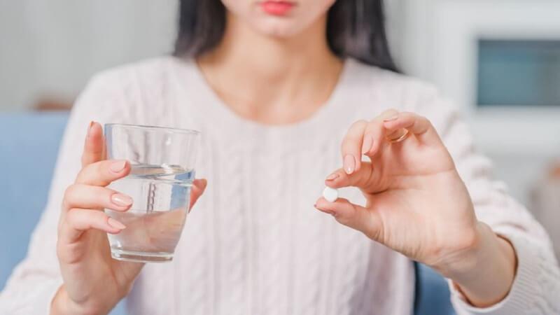 Sử dụng thuốc theo đúng liều lượng để việc điều trị hôi miệng đạt hiệu quả tốt