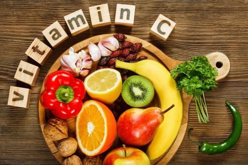 Bổ sung các loại trái cây có chứa vitamin C như bưởi, quýt, cam