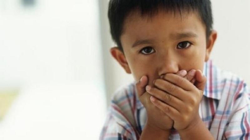 Đánh răng sai cách, vệ sinh răng miệng kém gây ra hôi miệng ở trẻ em