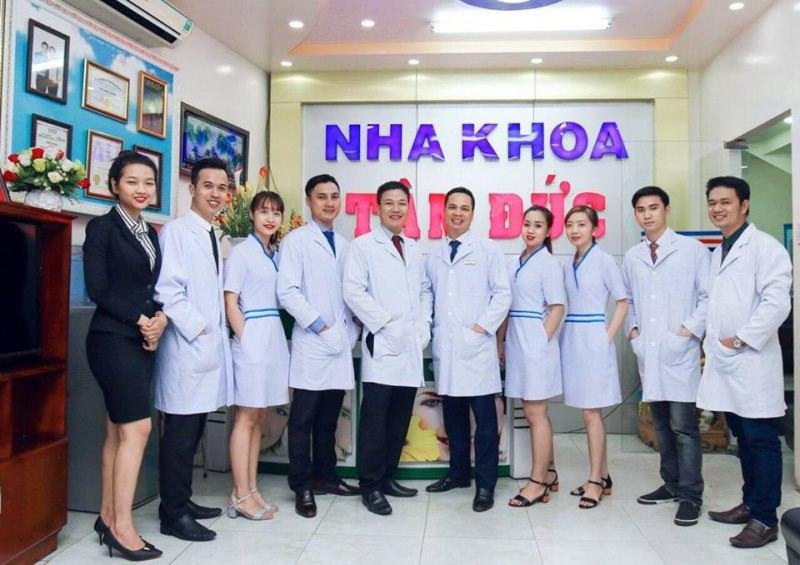 Đội ngũ y bác sĩ tại Nha khoa Tâm Đức Smile