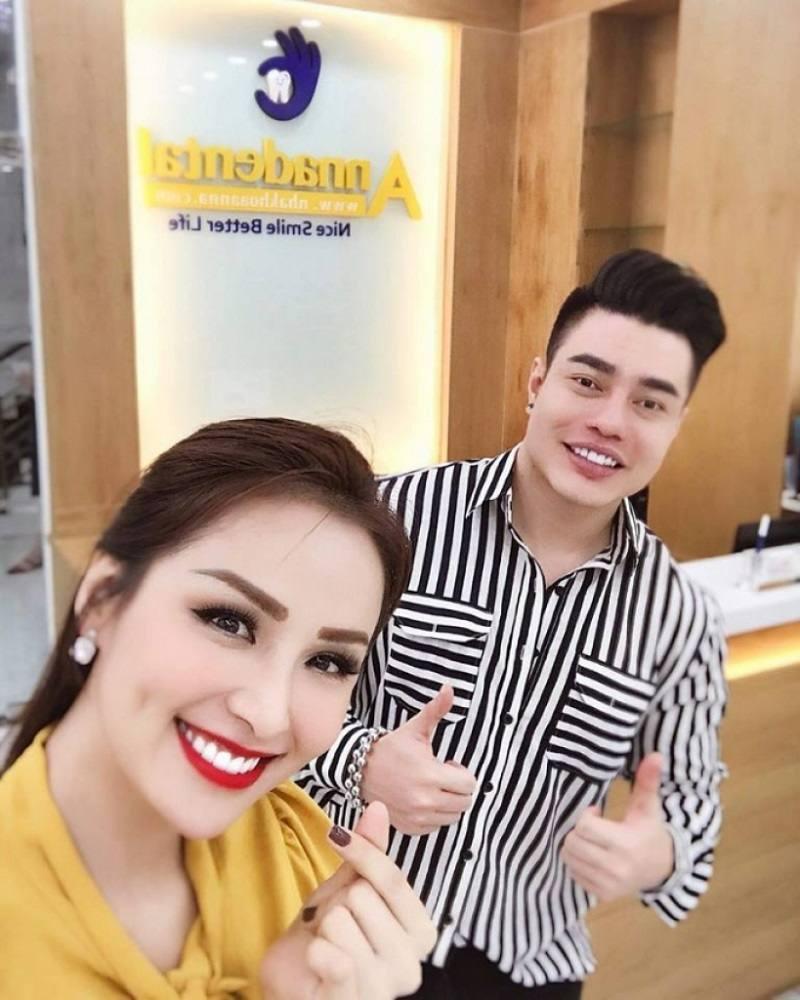Nha khoa Anna là phòng khám nha khoa nổi tiếng của hoa hậu Diễm Hương
