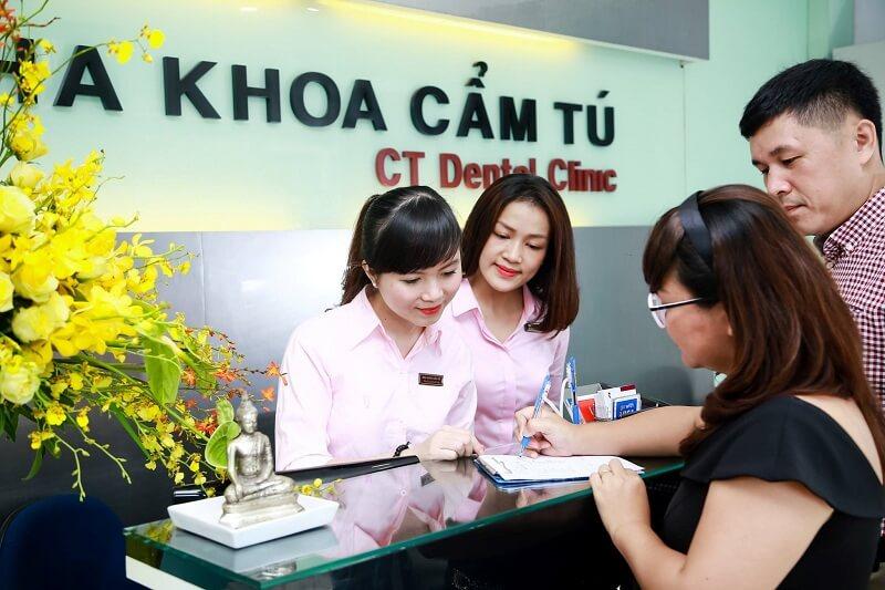 Nha khoa Cẩm Tú luôn được rất nhiều khách hàng trong và ngoài nước tin tưởng sử dụng dịch vụ