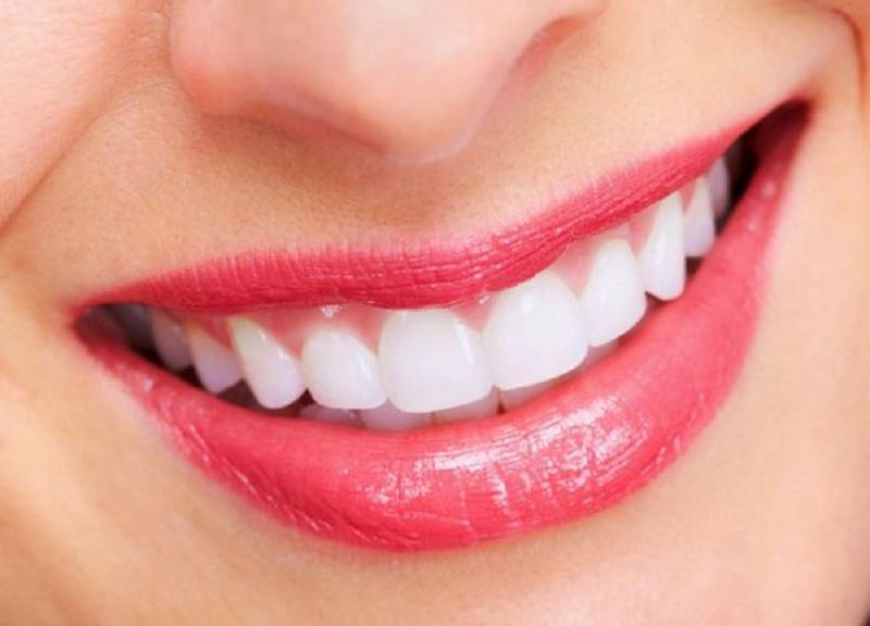 Các bạn có thể tham khảo nha khoa Duy Hưng đê trồng răng sứ