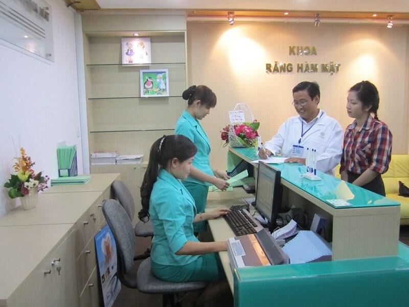Điểm nổi bật ở khoa Răng Hàm Mặt bệnh viện An Sinh là bác sĩ chuyên môn cao, từng tu nghiệp tại nước ngoài