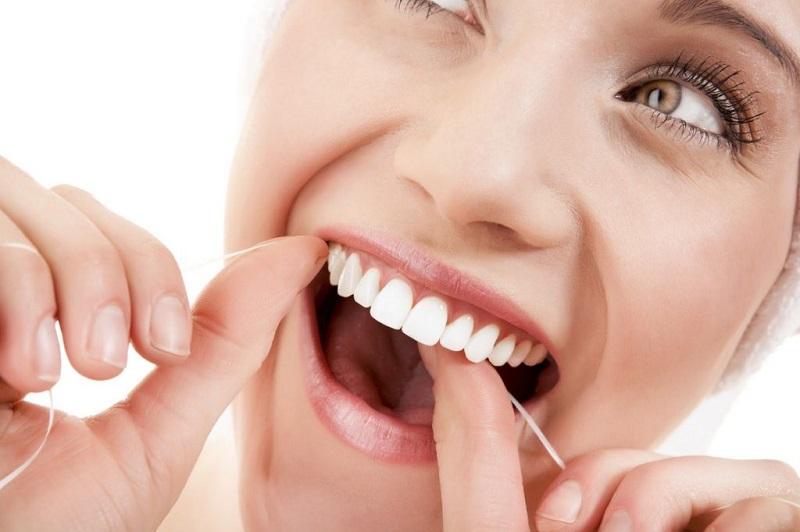 ưu điểm khi làm răng sứ