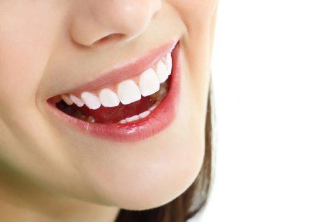 Trồng răng giả giá bao nhiêu 1 chiếc còn phụ thuộc vào nhiều yếu tố