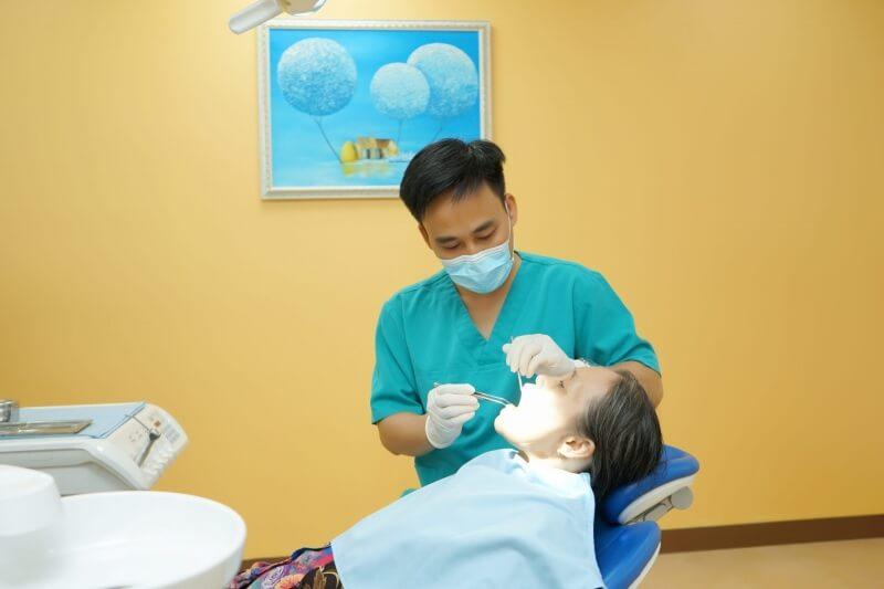 Nha khoa Phong Phú sở hữu cho mình một đội ngũ nha sĩ chuyên nghiệp và cơ sở hiện đại
