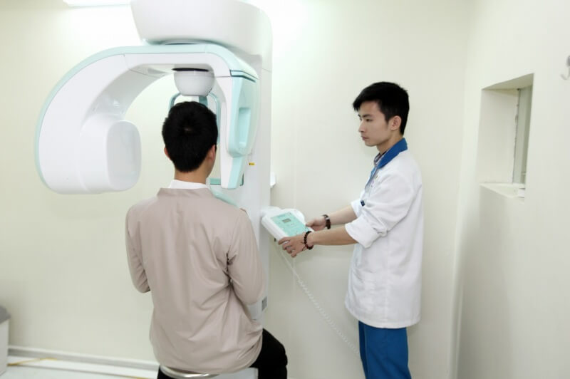 Đội ngũ bác sĩ tại TB. Việt Á đều là những người có kinh nghiệm nhiều năm