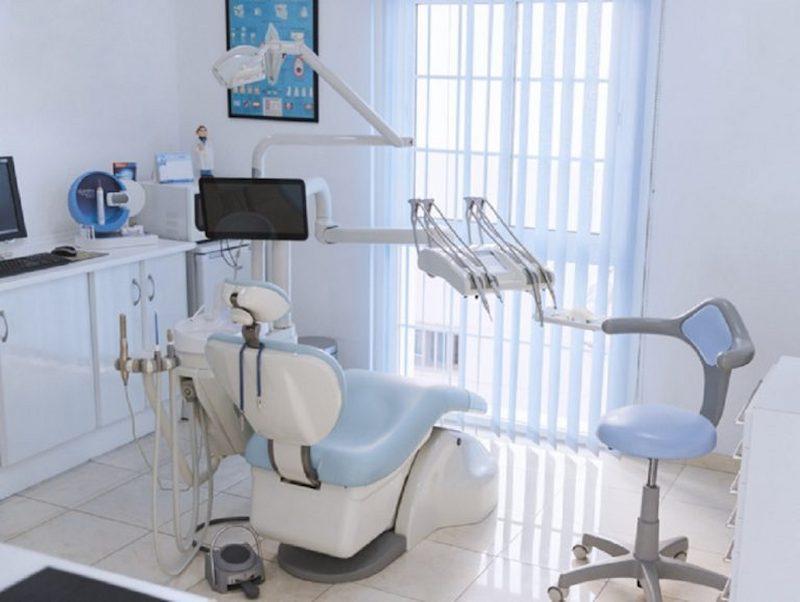 Cơ sở thiết bị của nha khoa Toàn Ý hiện đại nên luôn đảm bảo chính xác và độ an toàn cao