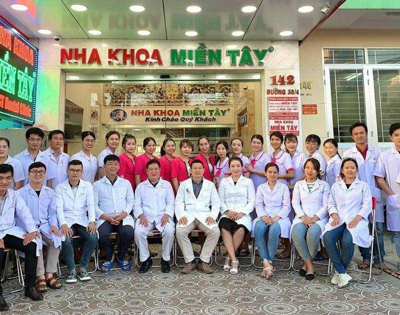 Nha khoa Miền Tây hội tụ đội ngũ bác sĩ giỏi chuyên môn, giàu kinh nghiệm