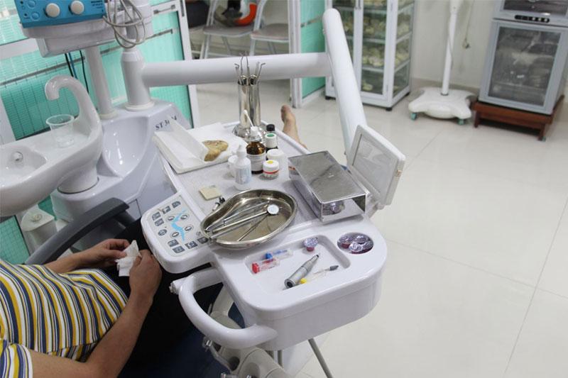 Phòng khám Nha khoa Nguyễn Hà được trang bị đầy đủ trang thiết bị