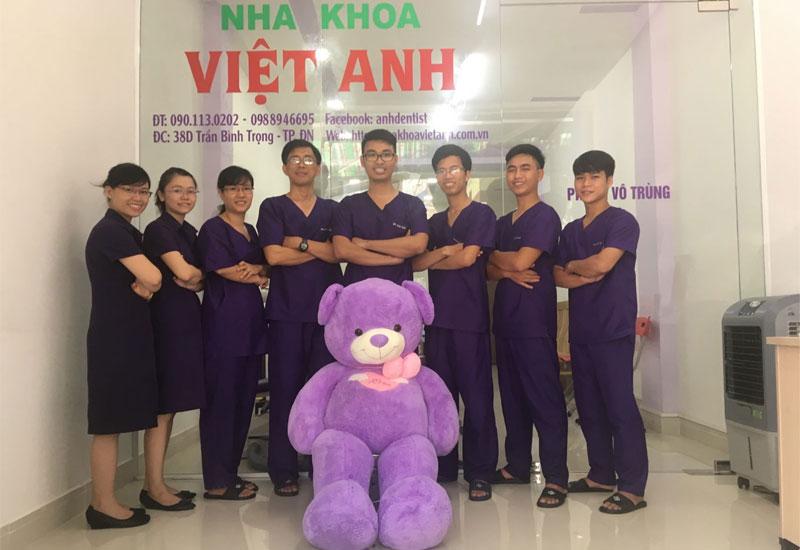 Đội ngũ bác sĩ Nha khoa Việt Anh