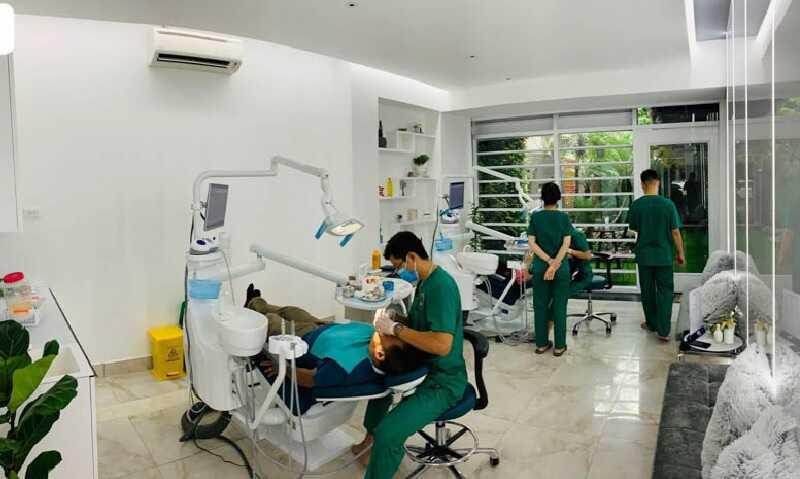 Nha khoa quốc tế We Smile với hệ thống máy móc nha khoa hiện đại