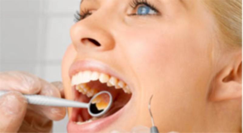Nên kiểm tra nguyên nhân nổi mụn trắng ở nướu răng là gì để có phướng án điều trị tốt nhất